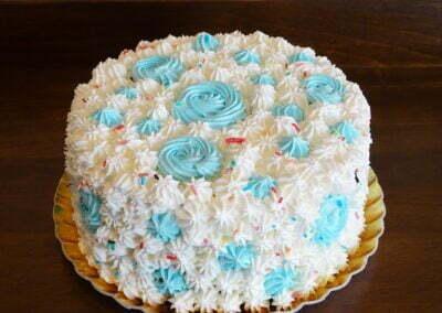 Tort aniversare Lovely Blue
